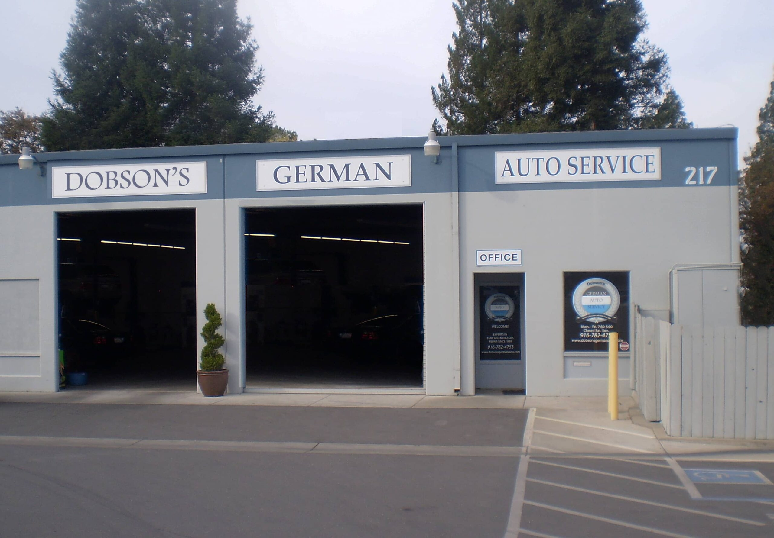 Front of property Dobson's German Auto